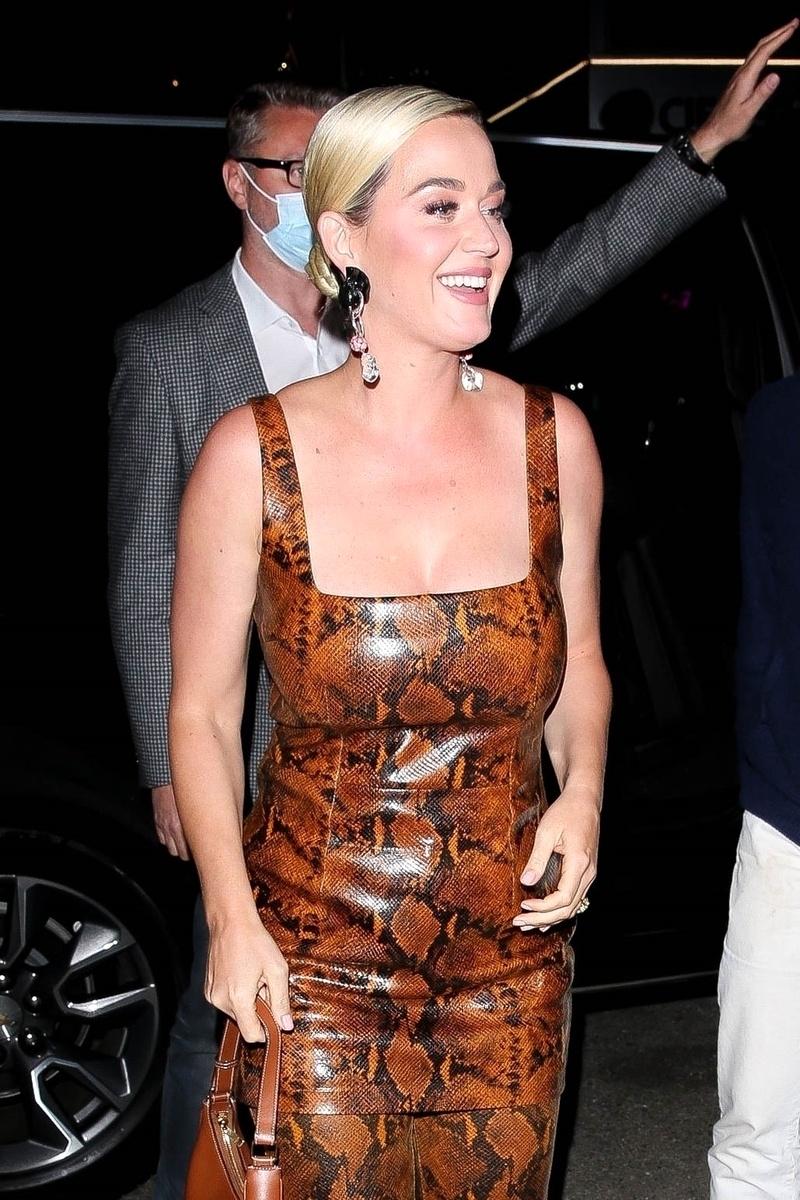 Katy Perry noche de chicas