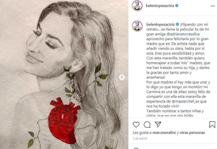 Belén López muestra regalo artístico