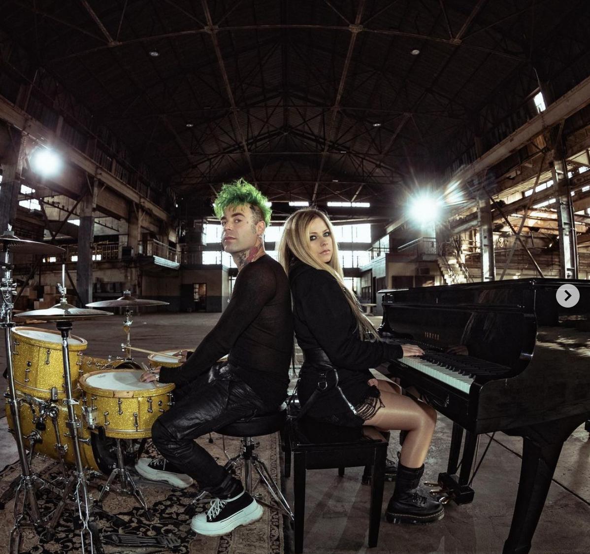 Avril Lavigne con su nuevo novio