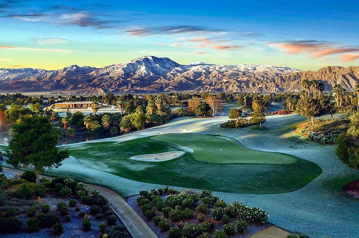 Kourtney Kardashian compra mansión en Palm Springs por 12 millones con campo de golf