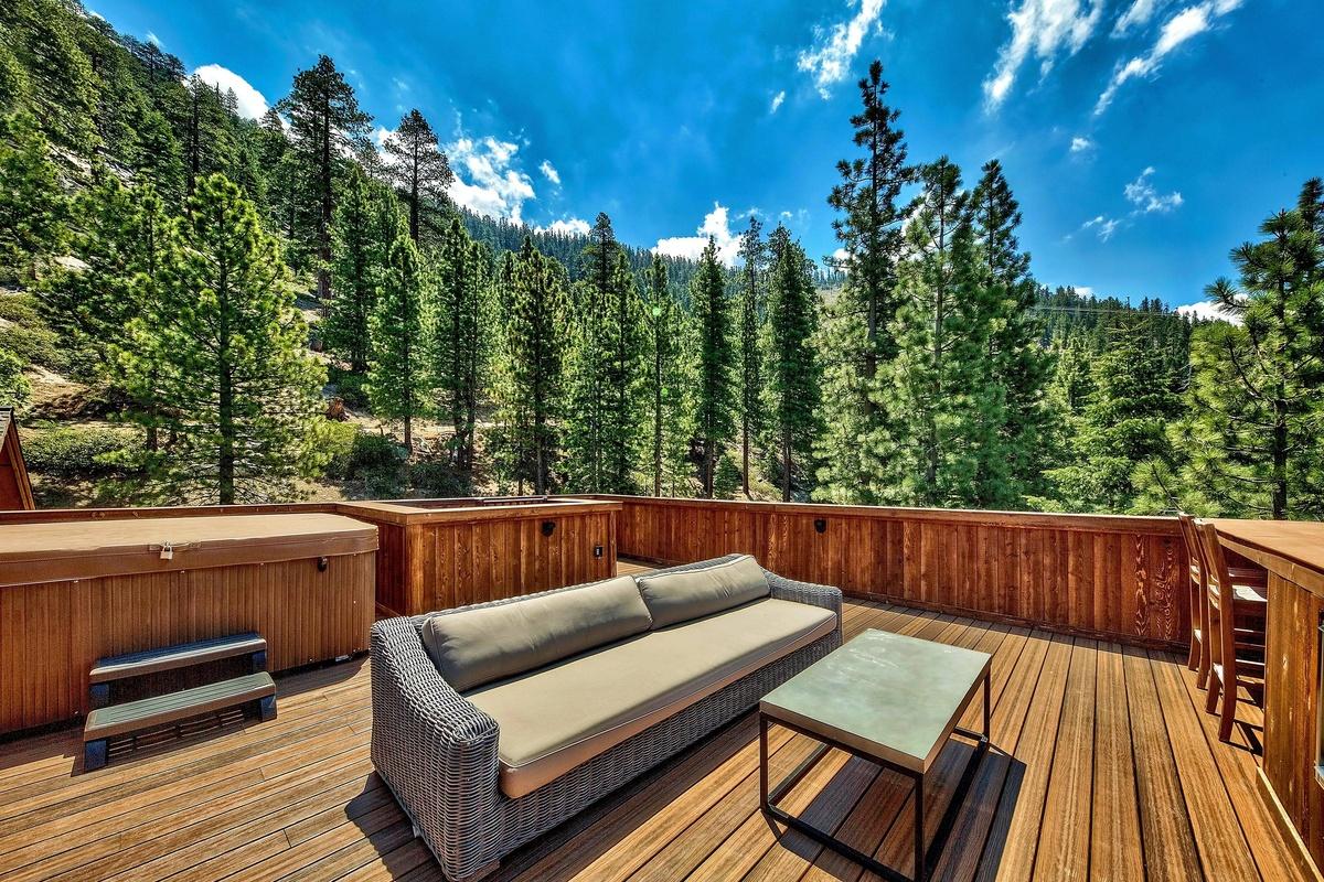 Mansión en Lake Tahoe California donde se filmó el último show de Las Kardashians