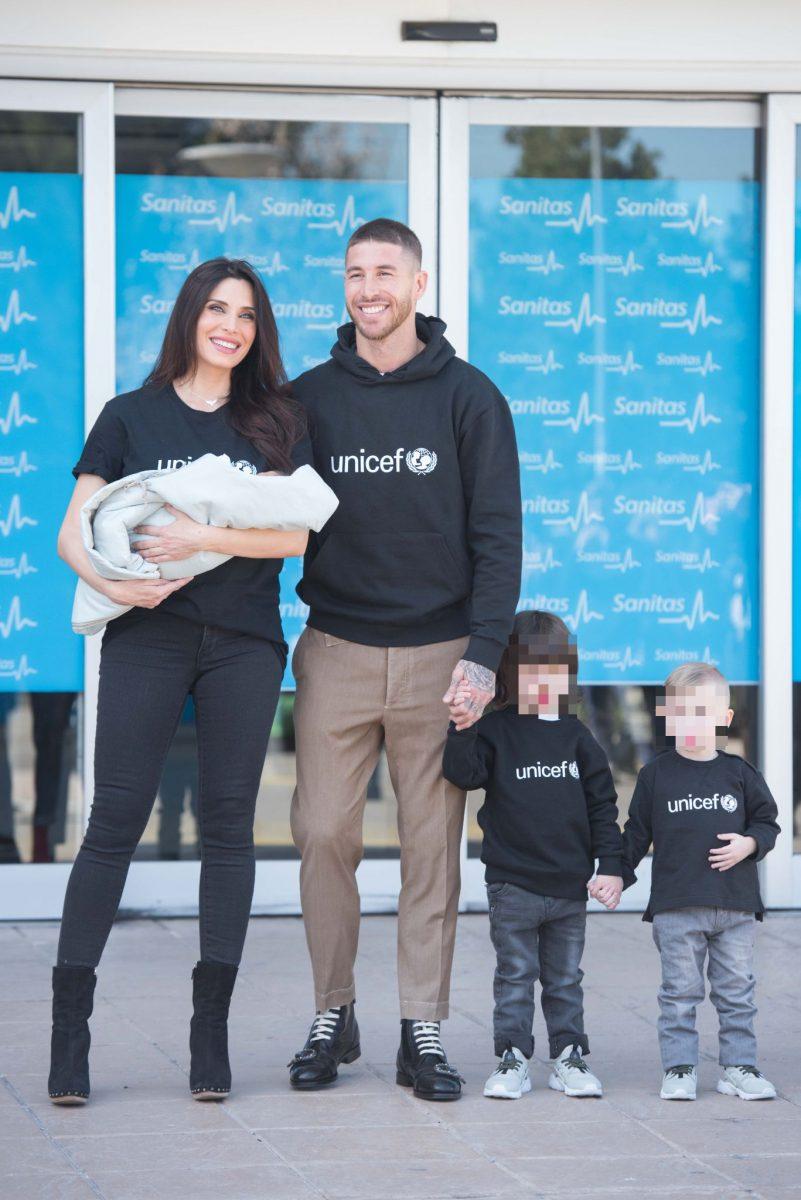Pilar Rubio, Sergio Ramos y tres de sus hijos
