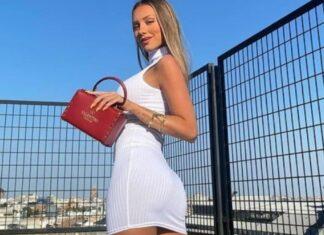 Ester Expósito con sexy vestido blanco