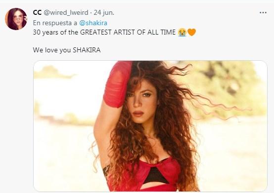 Fans hacen video homenaje a Shakira por 30 años de carrera