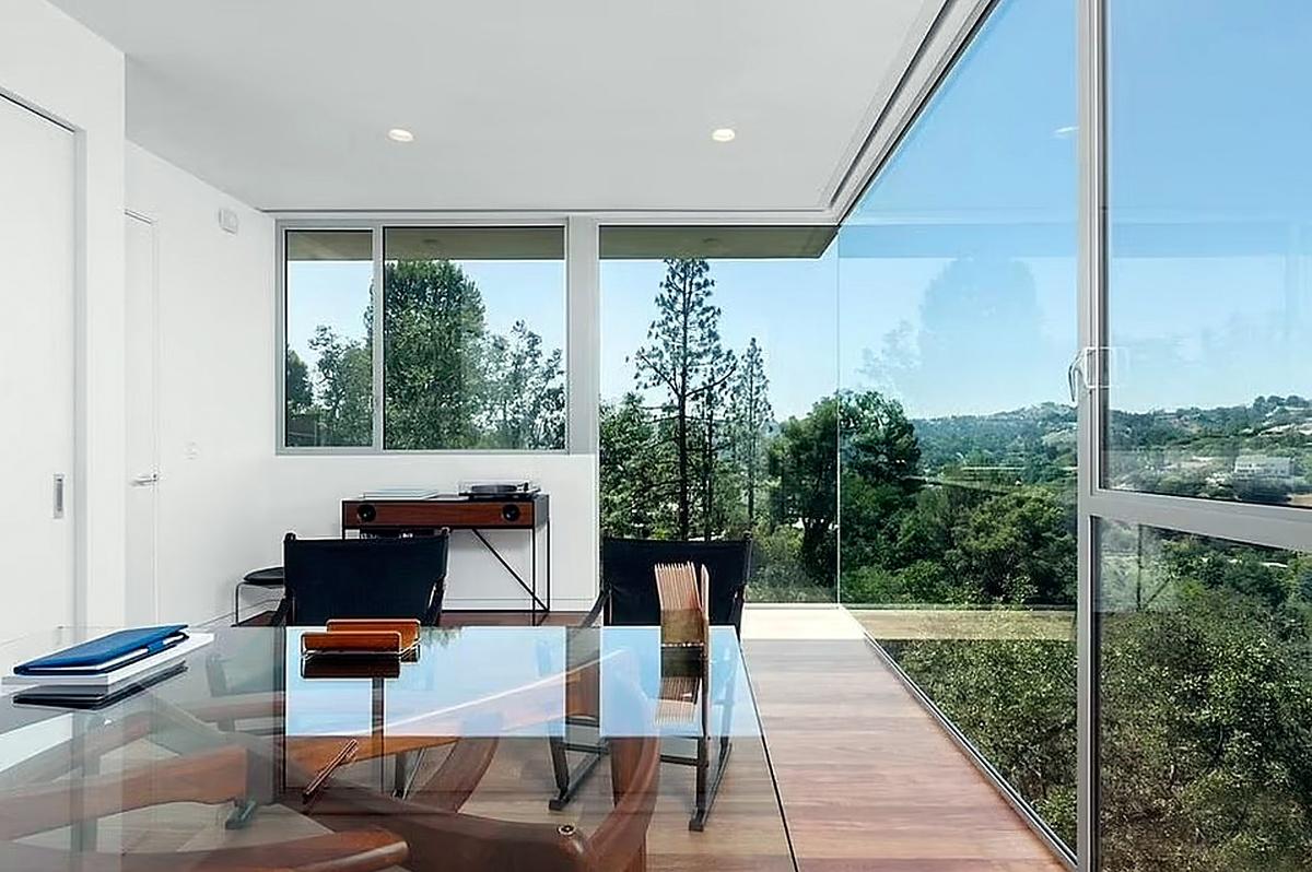 Vistas de la casa de Naomi Osaka en Beverly Hills