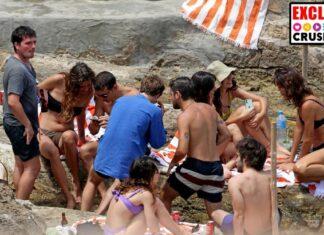 Los amigos españoles de Josh Hutcherson, con el actor, en Ibiza