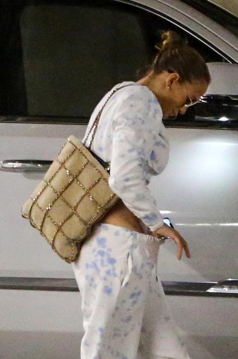 Jennifer Lopez sin ropa interior