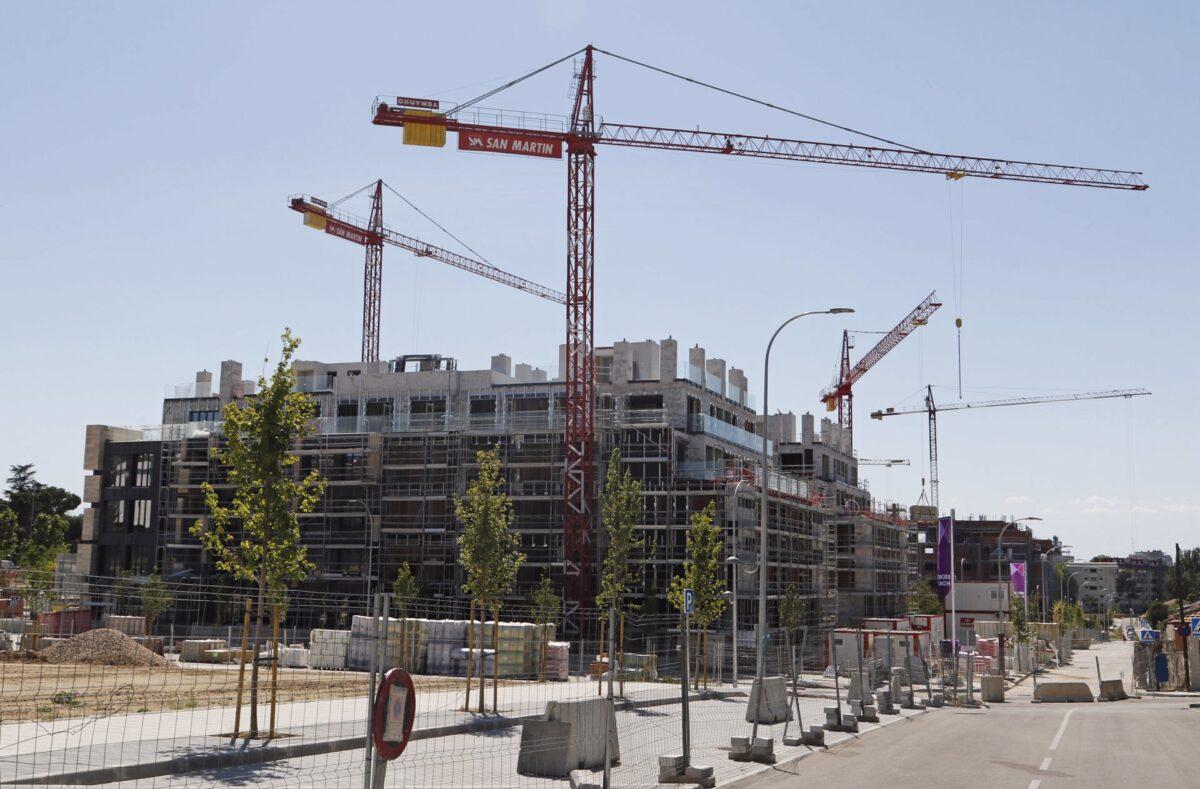 ático de Tamara Falcó con vistas a bloques de edificios