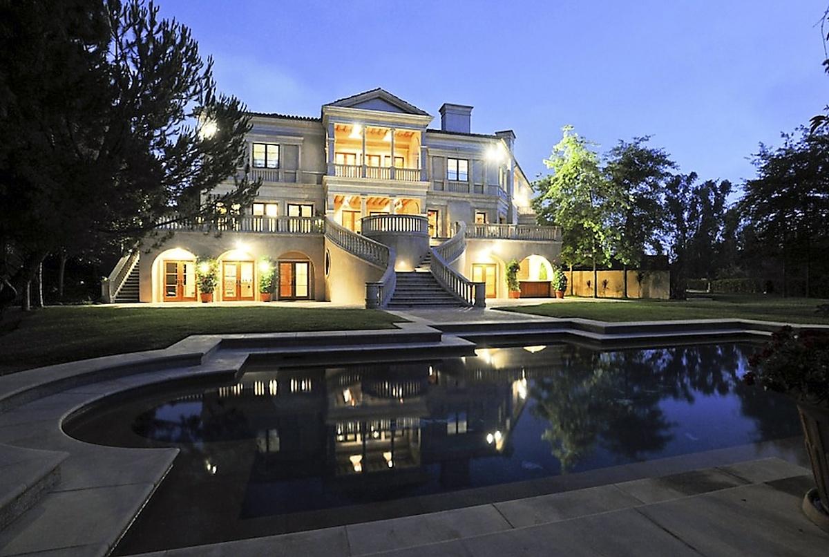 The Weeknd compra enorme mansión de lujo en Bel Air por 70 millones con campo de golf