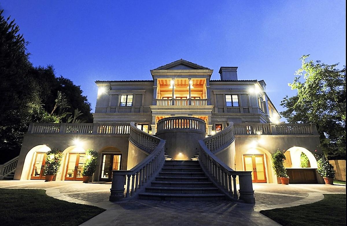 The Weeknd compró mansión de 70 millones de dólares en Bel-Air