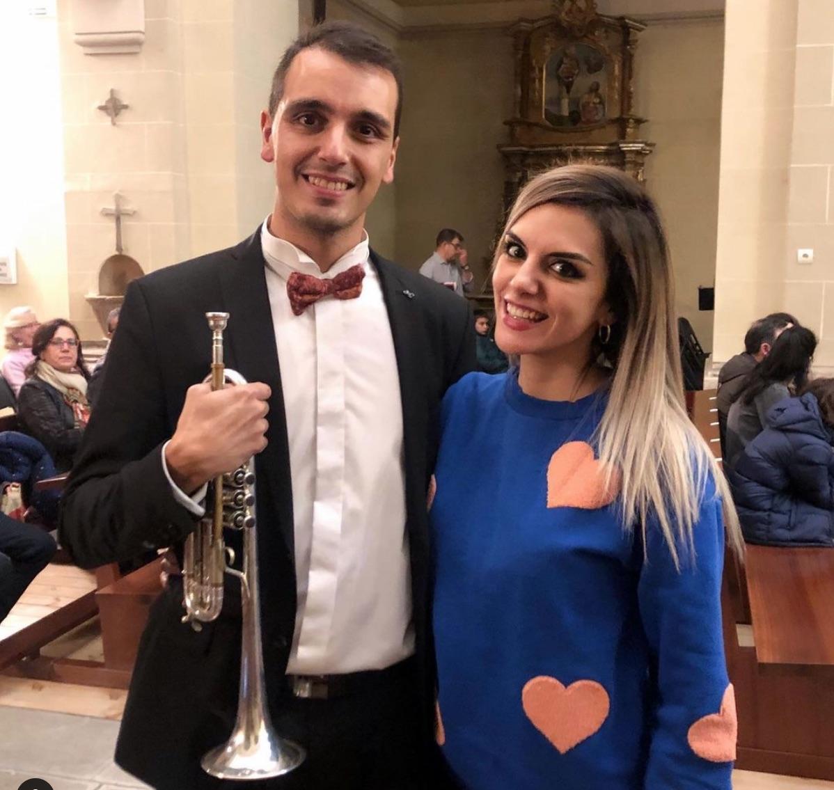 Ana Francisco con su hermano David
