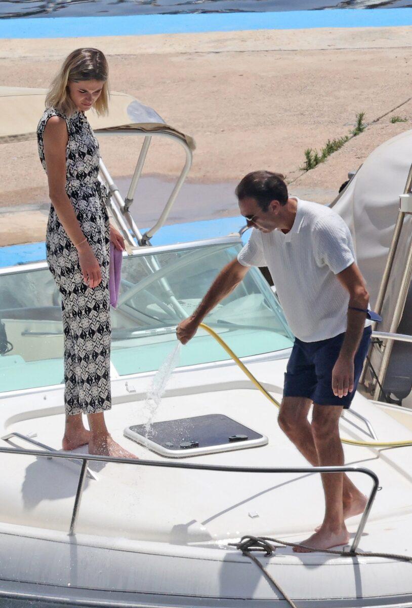 Enrique Ponce salva a Ana Soria de un accidente