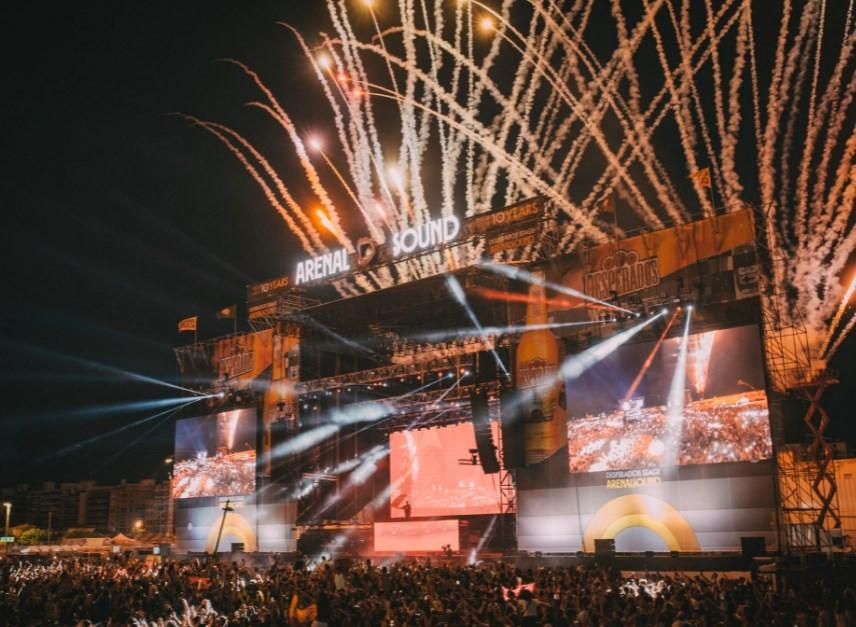 Jaime Lorente y C. Tangana estarán en el Arenal Sound 2022 junto a La Oreja de Van Gogh y Lola Índigo