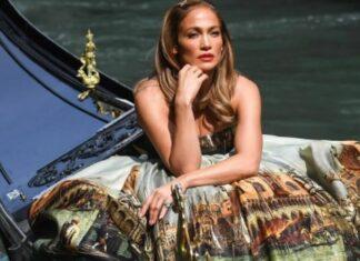 Jennifer López conquista Venecia con Dolce & Gabbana