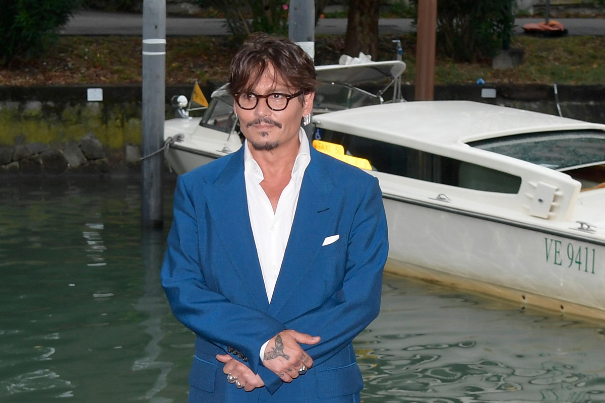 Damiano y otros famosos con gafas