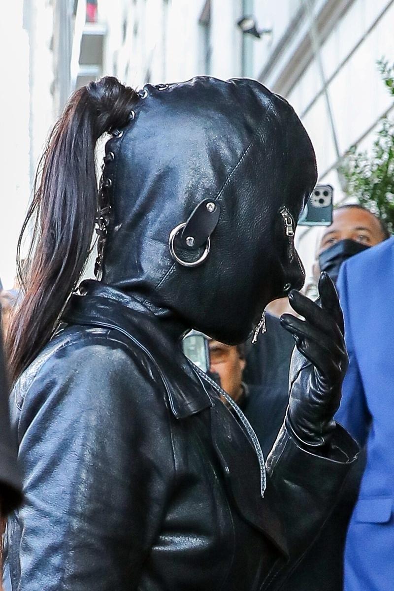 Kim Kardashian en cueros