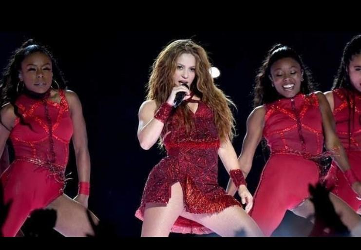 Shakira gana premio Billboards 2021 como Artista Latin Pop del Año y suma otro premio a una carrera llena de galardones